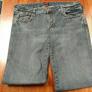 Underground Soul jeans